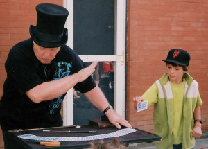 birthday party, magic show, magician, Amazing Dave Elstun