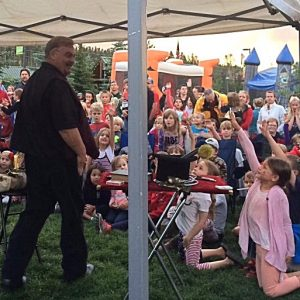 magician, magic, festival entertainment, fair entertainment, picnic, picnic entertainment